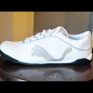 Puma sneakers, women's size 6, never worn